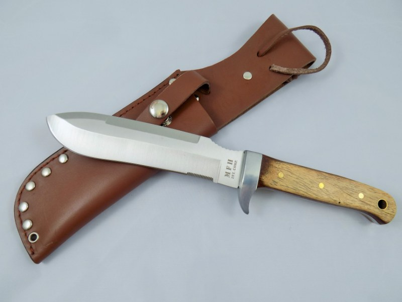 BW German Army Legendary Paratrooper Knife w/Leather Sheath - Repro