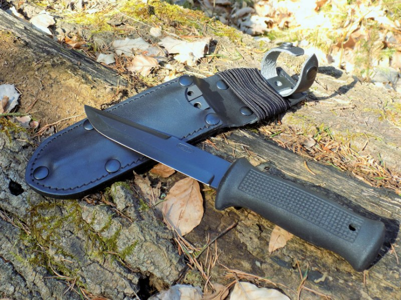 CZ Army Paratrooper Attack Knife UTON 75 Black Edition - MIKOV