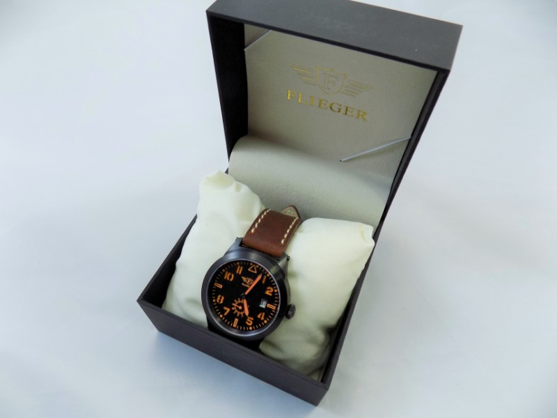 Flieger® FB25 Leather Pilot Retro Design Watch - Brand New w/ Box + Certificate