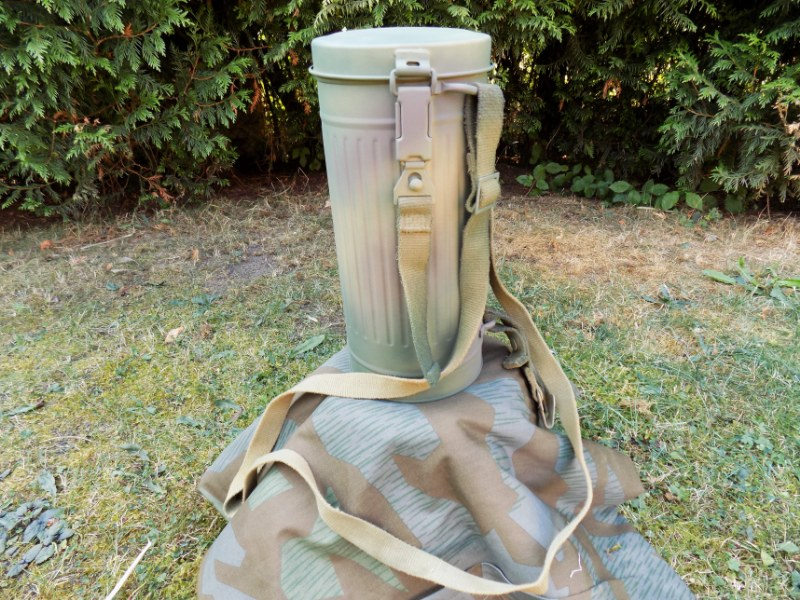WW2 German Army Gas Mask Can w/ Sraps 3 Colours Normandy D-Day 1944 Camo - Repro