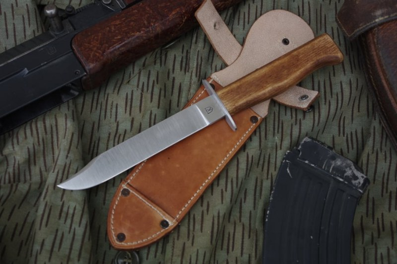Legendary Czechoslovakia Army Paratrooper Attack Knife VZ.07 100% Handmade Work
